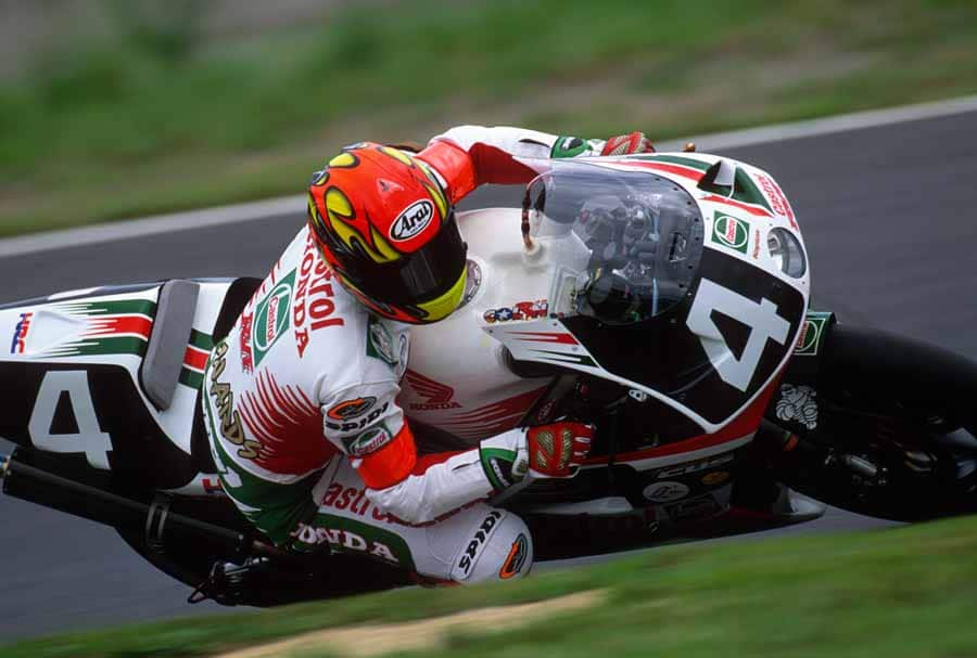 American Colin Edwards at a '90s Suzuka 8 Hours race.