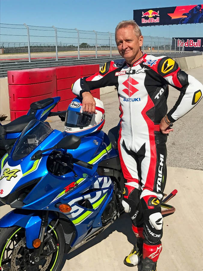 Kevin Schwantz with his #34 Suzuki GSX-R1000.