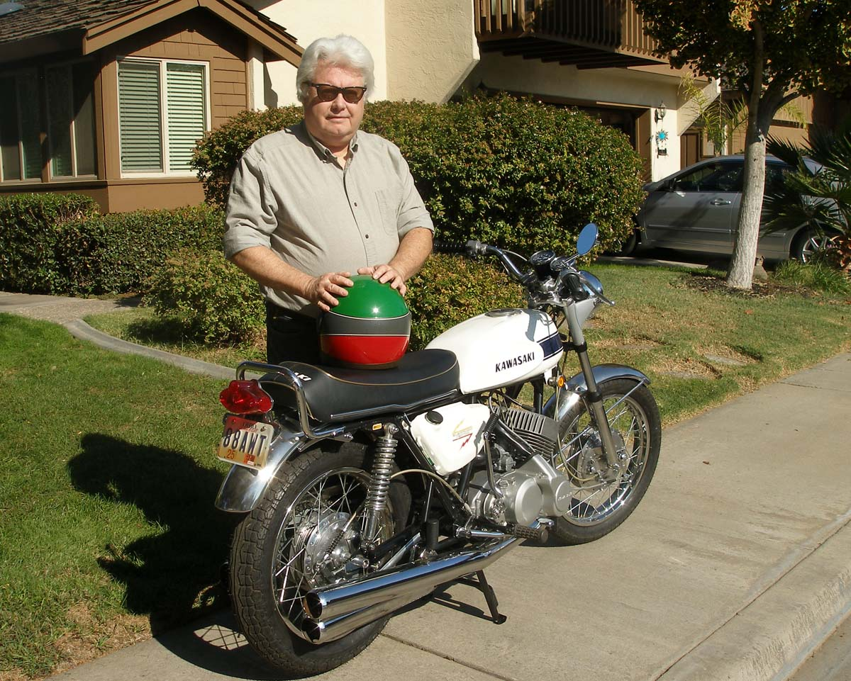 Nearly 50 years later, Vanderslice stands with his old street steed. Fast bikes and Ray Bans ...