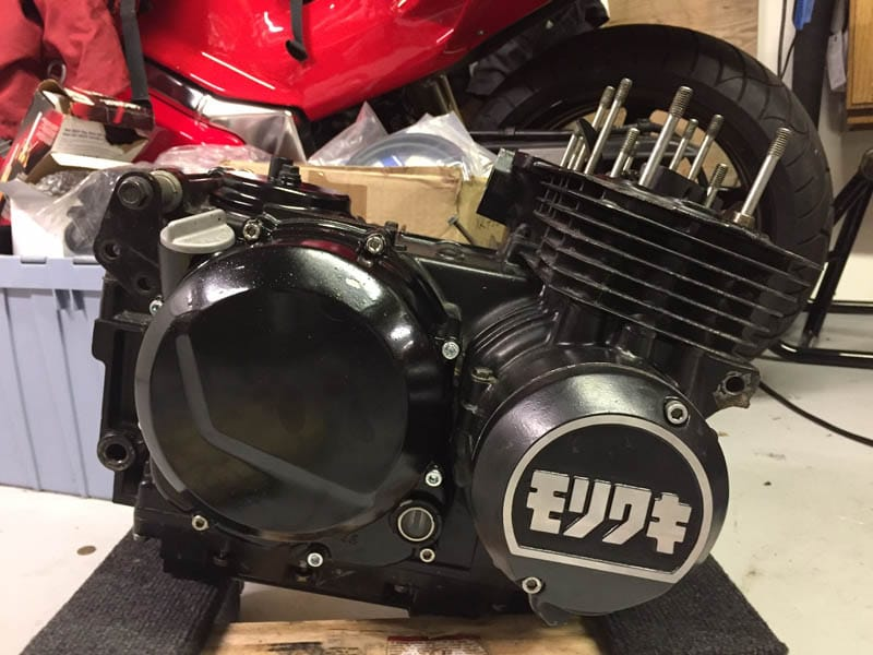 Last charge of the Champion Moriwaki brigade. A ton of work and ancient metal flinging around at scatter parts RPM. For 62 horsepower. Anyway, looking for a set of carbs.