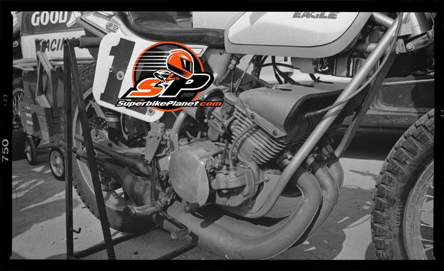 Kanemoto's bikes were prepped in his dad's garage and form followed function.
