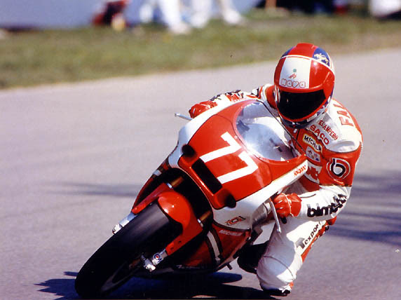 Giancarlo at Mosport on the Yamaha-powered Bimota. His style was more motocross than roadrace.
